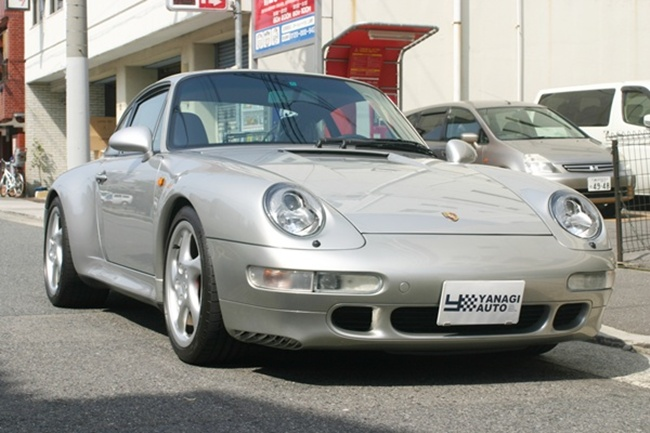 1997年式 ポルシェ 911 空冷最終モデル 993カレラ4S 6速マニュアルミッション